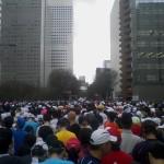 東京マラソン走ってきました。今回出場で2度目なのでスタートまではかなりの余裕がありました。 最初はいいペースで走っていたのですが(1時間ー11km)35kmくらいから足がつり始めてペースダウン・・・しかし応援もあり4時間台で走ることが出来ました。次は江東シーサイドに出る予定です。